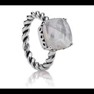 Pandora Mother of pearl ring (retired) size 6